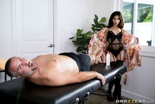 Jane Wilde Oh Its That Kind Of Massage DirtyMasseur