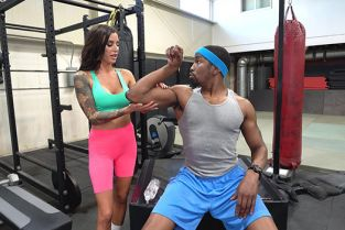 BangTrickery - Gia Dimarco Gets A Personal Training Session For Her Pussy