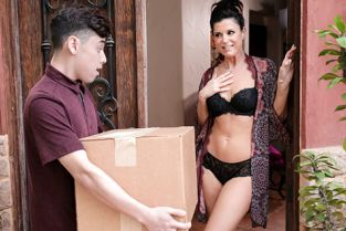 NuruMassage - India Summer Something For Your Trouble